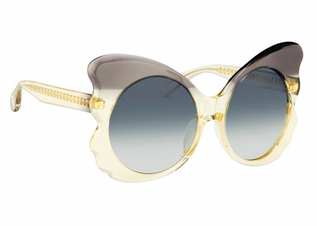 6-genius-sunglasses-and-lipstick-combos-to-up-your-summer-beauty-game-1815251-1466681971.640x0c