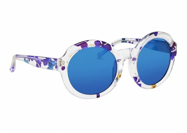 6-genius-sunglasses-and-lipstick-combos-to-up-your-summer-beauty-game-1815255-1466681971.640x0c