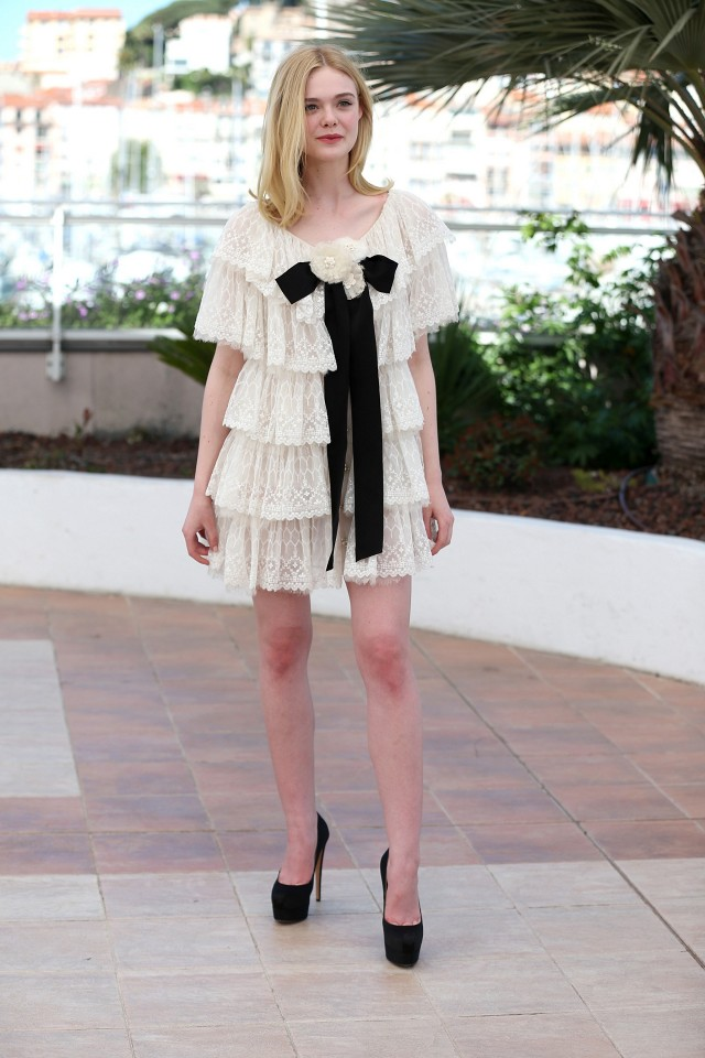 the-1-styling-trick-were-stealing-from-elle-fanning-1795514-1465256651.640x0c