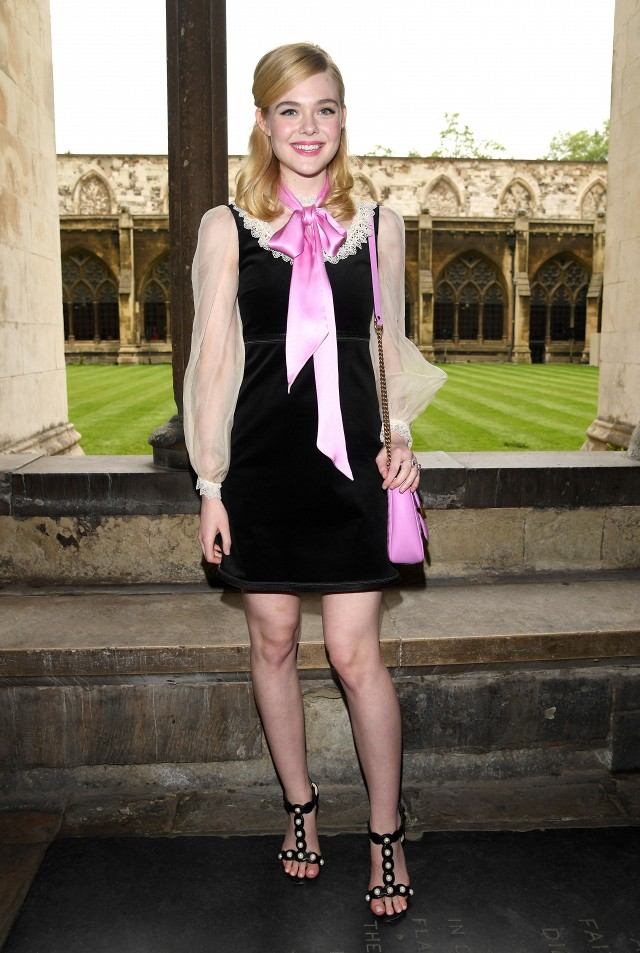 the-1-styling-trick-were-stealing-from-elle-fanning-1795516-1465256652.640x0c