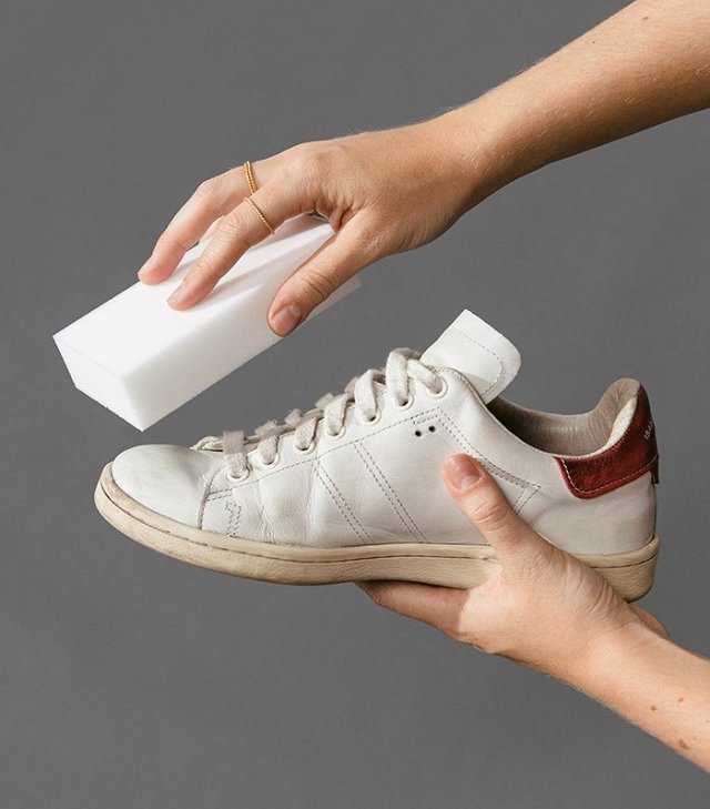 this-diy-sneaker-cleaner-works-crazy-welland-we-have-the-pics-to-prove-it-1862367-1470693792.640x0c_059640789