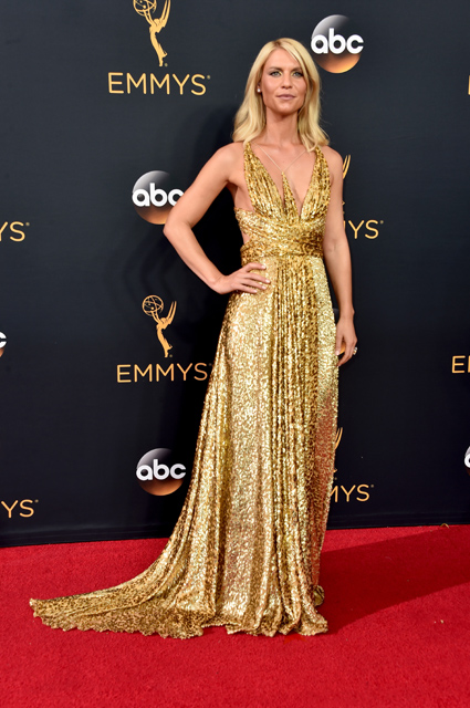 LOS ANGELES, CA - SEPTEMBER 18: Actress Claire Danes attends the 68th Annual Primetime Emmy Awards at Microsoft Theater on September 18, 2016 in Los Angeles, California. (Photo by Alberto E. Rodriguez/Getty Images)