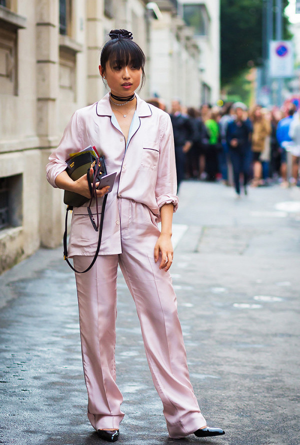 this-colour-dominated-the-street-style-scene-in-2016-2054860600x0c