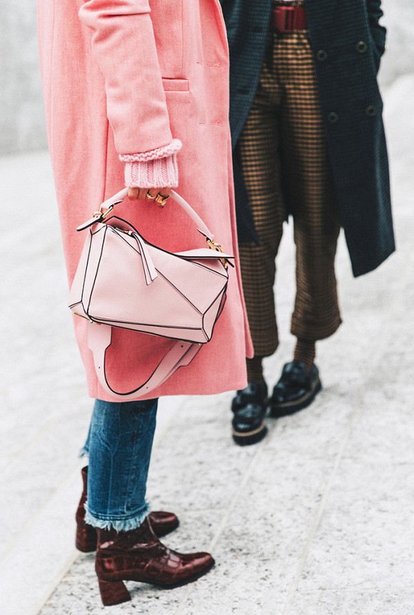 this-colour-dominated-the-street-style-scene-in-2016-2054861600x0c
