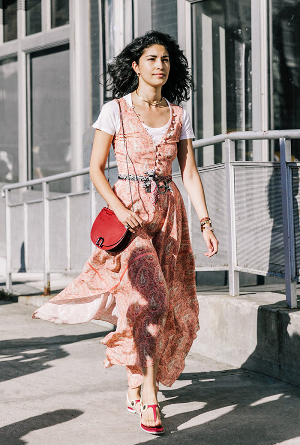 this-colour-dominated-the-street-style-scene-in-2016-2054862600x0c