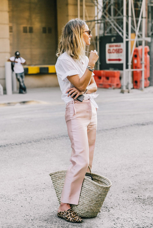 this-colour-dominated-the-street-style-scene-in-2016-2054864600x0c