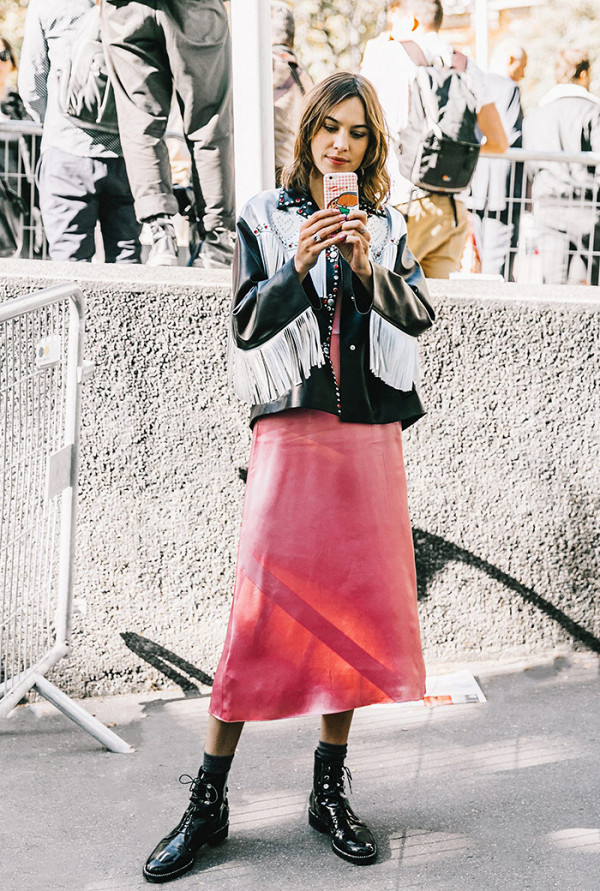 this-colour-dominated-the-street-style-scene-in-2016-2054866600x0c