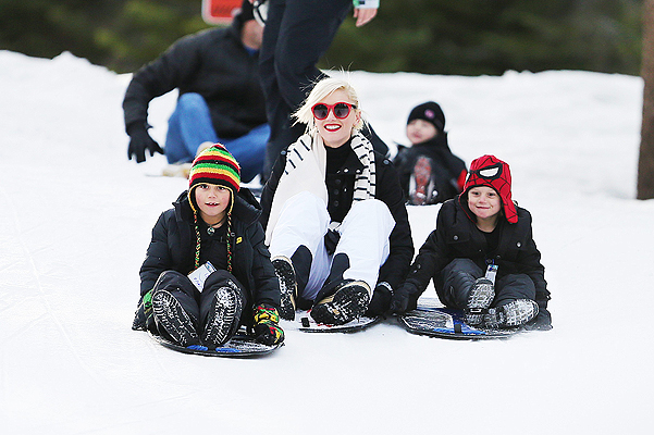 EXCLUSIVE: Gwen Stefani sledging in Mammoth Lakes, CA